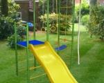 Как оборудовать детскую площадку на даче?